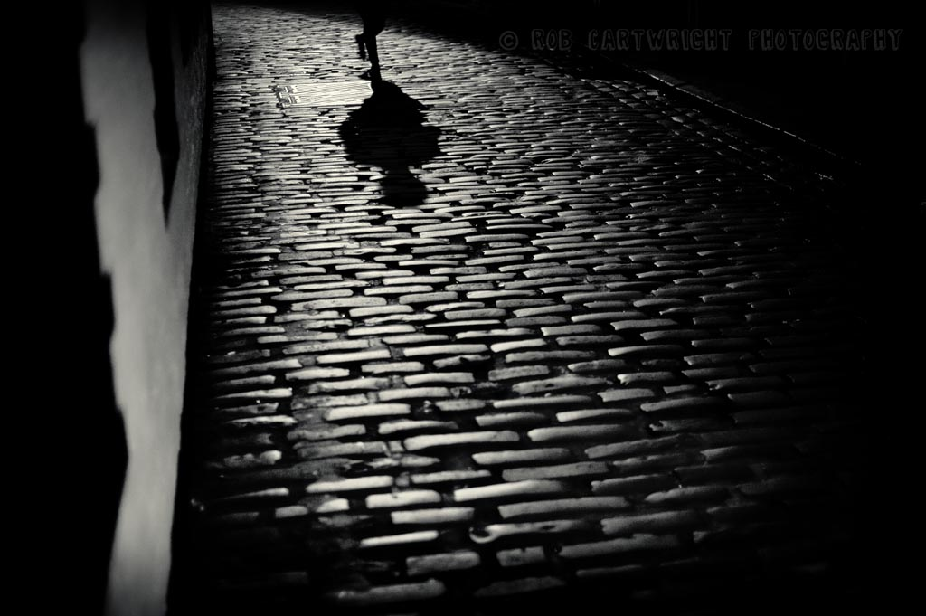 ashton lane west end glasgow scotland setts cobblestones night lonely simple eerie mysterious street photography city urban bw black & white B&W monochrome nikon D700 cartwright